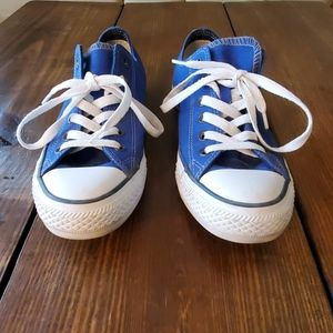Womens Converse Shoes Size 8.5